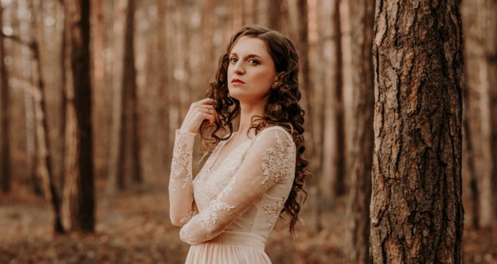 """Dziedātāja Sabīne Berezina nāk klajā ar jaunu dziesmu """"Te sniegi nekusīs"""""""